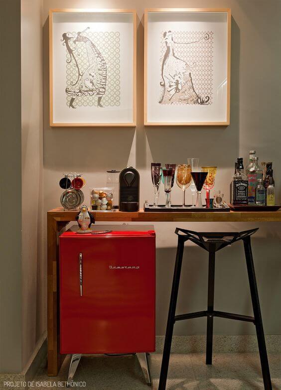 frigobar em barzinho em casa