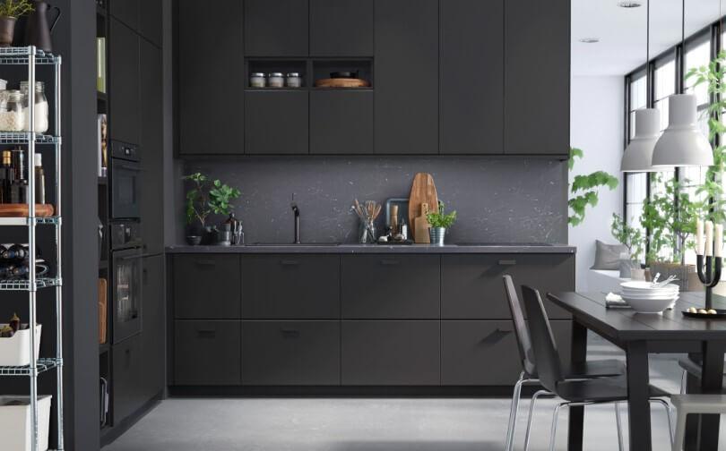 cozinha em tom preto