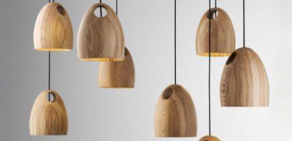 Luminárias pendentes de madeira