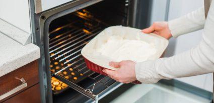 O que é forno autolimpante