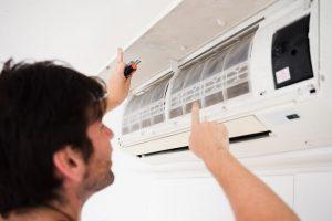 Manutenção do ar-condicionado é importante na primavera
